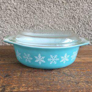 Pyrex Snowflake 043 1 1/2 QT Vintage